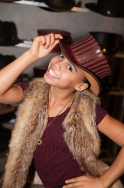 Asia Monet Ray- FX's American Crime Story- Sydney Simpson - American Hat Makers