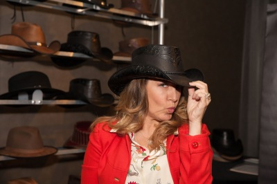 Joely Fisher- Last Man Standing- Wendi- American Hat Makers