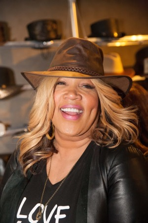 Kym Whitley-ABC's Family's Young & Hungry- Yolanda- American Hat Makers
