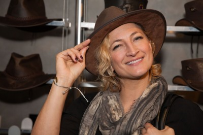 Zoe Bell- The Hateful Eight-six horse judy - American Hat Makers