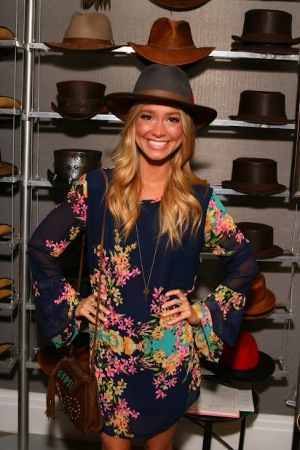 Elle McLemore - Grease Live - American Hat Makers