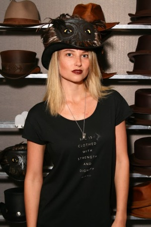 Genevieve Moorton - Actress - 6x Ilustrated swimsuit model - American Hat Makers
