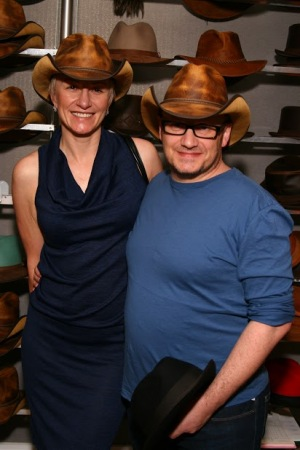 Lenny Abrahamson Monika Abrahamson - American Hat Makers - Room