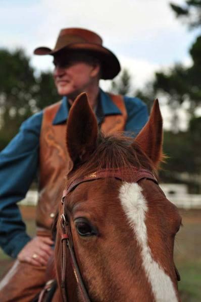 DoubleGHatsAmericanHatMakers-Gary Watrous-Horses