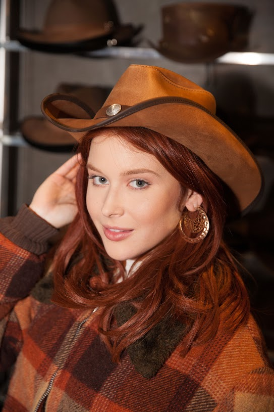 Renee Olstead American Hat Makers Cyclone (5)