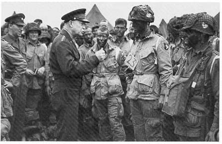dwight_eisenhower_troops