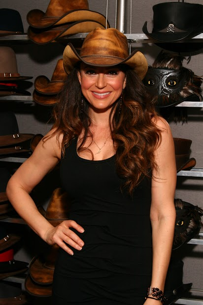 cerina Vincent american hat makers .jpg