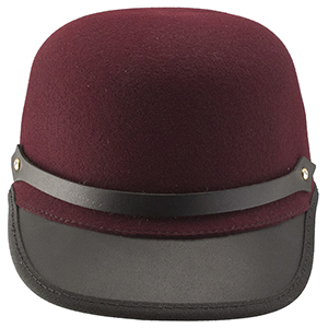 The Travis hat is the sporty sibling of our fashionable Sassy hat. A key element of our Ashbury line, the Travis is handmade with a leather bill and hat band and a crown of Litefelt which makes it water repellant as well as notorious for keeping its shape. Throw the Travis into your carry-on and when you reach your destination it will regain its original shape and keep you looking first-class all the way!
